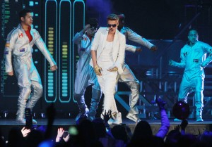 Friends on Justin Bieber: He Just Wants to Be Normal!