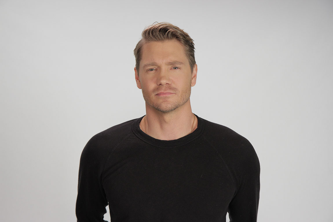 Chad Michael Murray Chad Michael Murray Plays Quot Smell